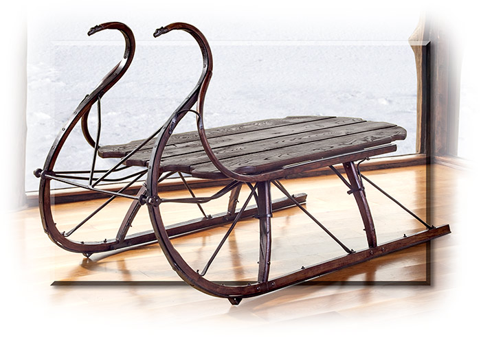 Albany Cutter Sleigh Table
