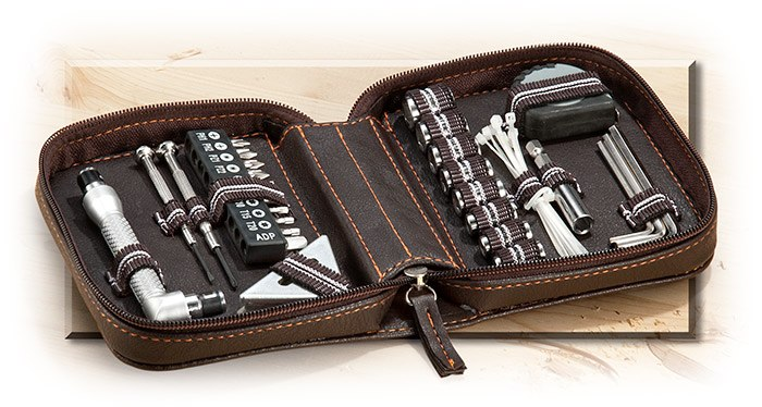 28 Piece Tool Set in Zippered Case