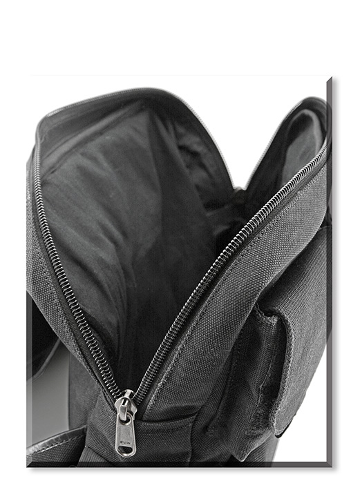 Concealed Carry Sling Style Pack black