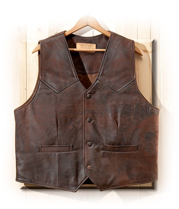 The vest is ultra-lightweight, the antiqued and aged-looking goatskin leather looks great