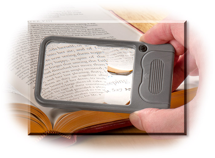 MULTI-POWER LED LIGHTED MAGNIFIER - FITS IN POCKET - 2.5X / 4.5X / 6X POWER MAGNIFICATION - ACRYLIC
