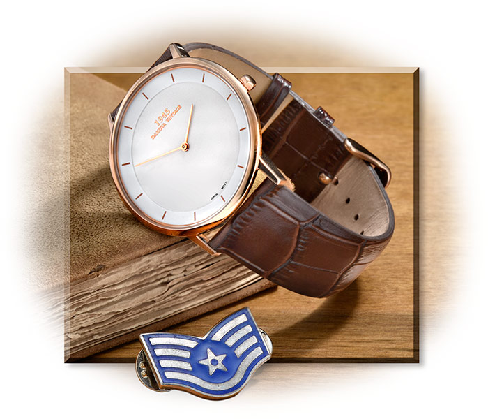 1945 Vintage Rose Gold Wristwatch