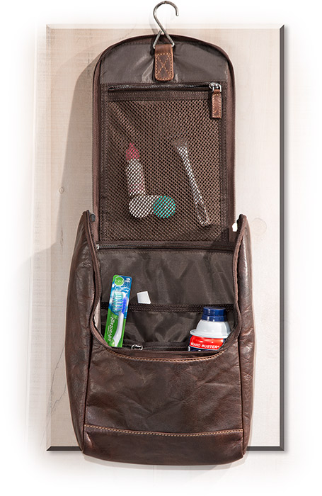 Large Hanging Toiletry Kit