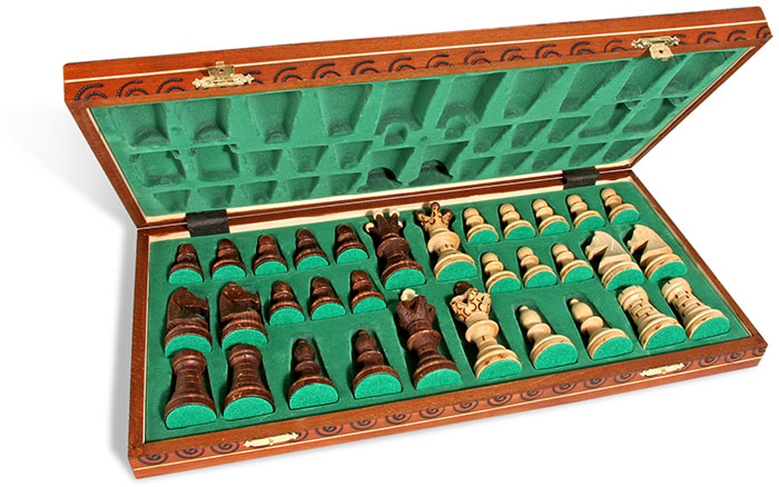 Linden Wood Chess Set